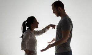 come tenere testa a un narcisista